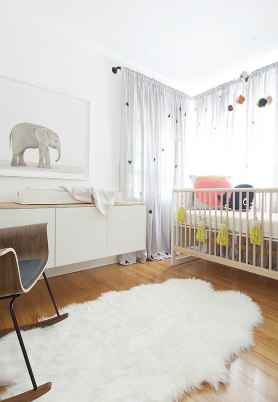 jasny pokój niemowlaka, dziecka