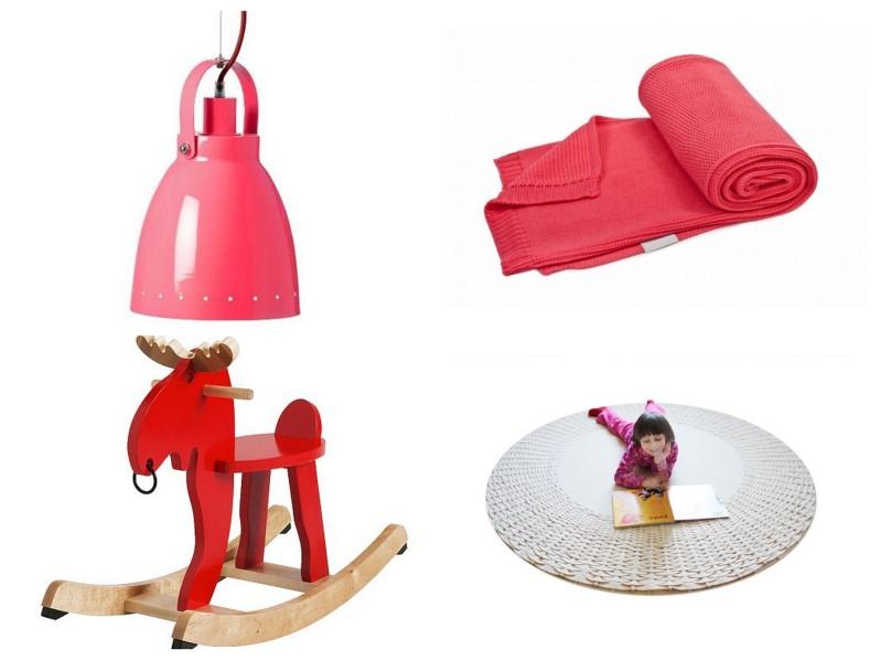 pokój dla przedszkolaka, pokój dla dziewczynki 3 lata, pokój dla dziewczynki różowy, pokój dla dziewczynki czerowny, czerwone dodatki do pokoju dziecięcego, czerowne dodatki do pokoju dziecka, czerown atapeta, tapeta wiśnie, komoda bloomingville, biurko dla przedszkolaka, krzesełko dla przedszkolaka, kosz na zabawki różówy,